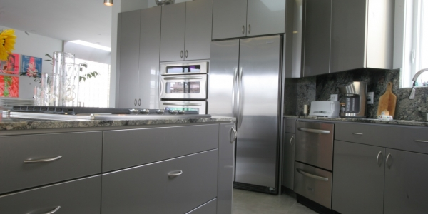 Silver High Gloss 2 Photo